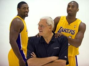 Генеральные менеджеры NBA назвали фаворитов нового сезона