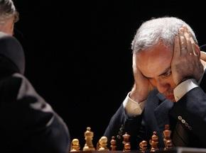 Сегодня Карпов и Каспаров сыграют друг с другом восемь раз