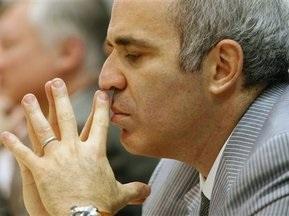 Каспаров виграв першу партію в Карпова