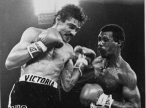Легендарный боксер покончил жизнь самоубийством
