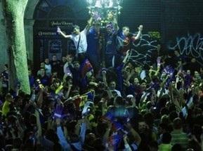Полиция арестовала 65 болельщиков Барселоны