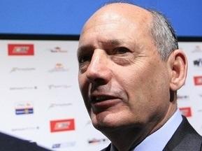 Рон Деннис покидает пост исполнительного директора McLaren