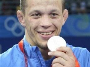 Украинский борец-чемпион может выступать за иранский клуб