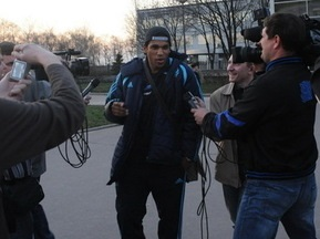 Олимпик прибыл в Донецк, прихватив Брандао