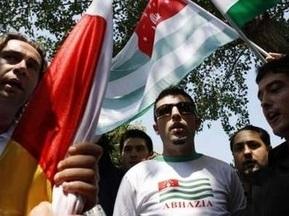 Абхазским футболистам отказали в выдаче испанских виз