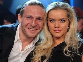 Поединок Виталия Кличко посетили Абрахам, Хаккинен, Воронин, Беккенбауэр, Шумахер и другие