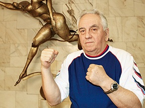 Накануне боя Кличко умер босс WBC