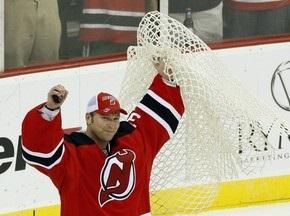 NHL: Воротар Нью-Джерсі Девілс побив рекорд за кількістю перемог