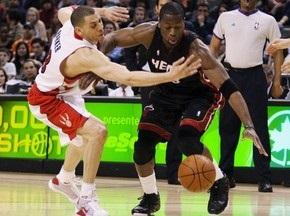 NBA: 42 очка Уэйда приносят Майами победу над Торонто