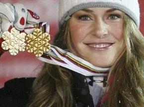 Чемпіонка світу з гірських лиж отримала травму, відкриваючи шампанське