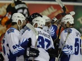 Хоккей: Сокол и Липецк забросили 9 шайб за игру
