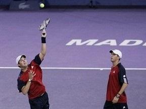 Australian Open: Брати Брайани вийшли до третього кола