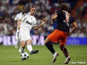 Реал одолел Валенсию