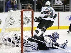 NHL: Акули зміцнили своє лідерство