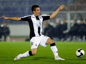 Футболист сборной Сербии получил разрешение на работу в Англии