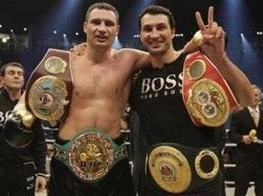 Братья Кличко жаждут встречи с Валуевым