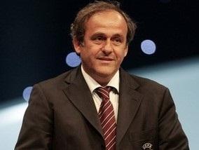 УЕФА хочет ввести потолок зарплат