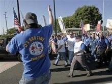 Работники Boeing объявили о начале забастовки