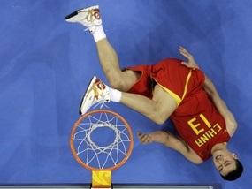 Баскетбол: Литва громит Китай