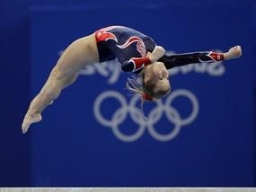 Спортивная гимнастика: Золото и серебро досталось американкам