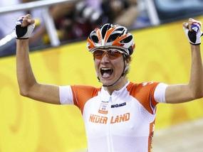 Велотрек: Золото завоевала голландка, Калитовская - пятая
