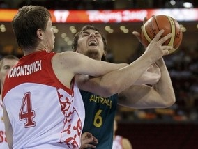 Баскетбол: Австралия отцепила россиян от плэй-офф