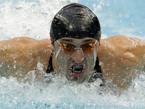 Плавання: Сердінов виходить у фінал