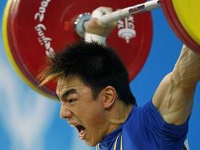 Олимпиада-2008: Китайский тяжелоатлет завоевал очередное золото