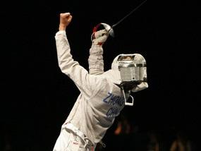 Олимпиада-2008: Китайский саблист выиграл золотую медаль