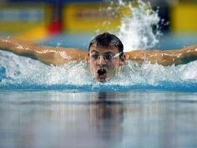Плавание: Адвена не вышел в полуфинал