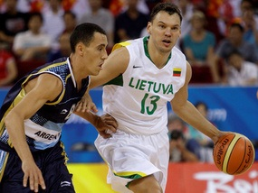 Баскетбол: Литва побеждает Аргентину