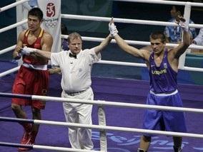 Олимпиада-2008: Украинский боксер разобрался с китайцем