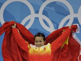 Китай завоевал первое золото