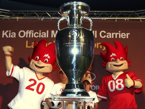 УЕФА заработал на Евро-2008 рекордную сумму