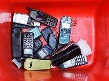В России мобильные начали страховать от краж
