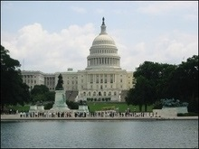 Сенатори закликали Джорджа Буша поговорити з грузинськими лідерами про демократію