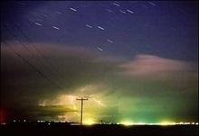 Жителі Землі завтра зможуть спостерігати метеорний потік Гемінід