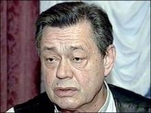 Миколу Караченцова у критичному стані доставили в реанімацію