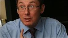 Луценко запевняє, що коаліція знає, як позбутися Черновецького