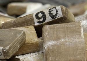 В Буэнос-Айресе конфисковали около 450 кг кокаина