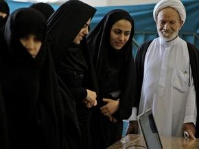 В Иране трижды переносили момент закрытия избирательных участков