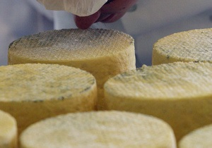 В Роспотребнадзоре заявили, что документы о запрете в России ряда украинских сыров подписаны