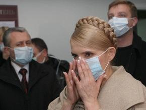 Самолет с Тимошенко на борту более получаса не мог приземлиться в Черновцах
