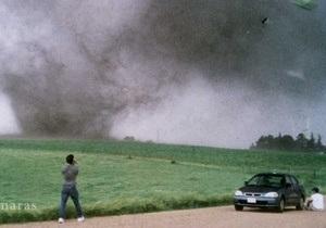 В США торнадо унес жизни 18 человек