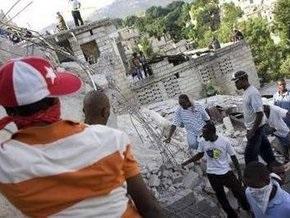 Число жертв от обрушения школы на Гаити перевалило за 90