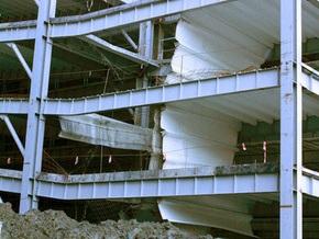В Буковеле обрушились перекрытия шестиэтажного паркинга