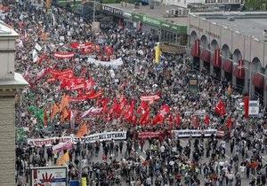 В России вступил в силу закон об усилении ответственности на митингах