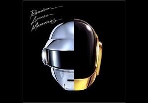 Альбом Daft Punk вторую неделю лидирует в британских чартах