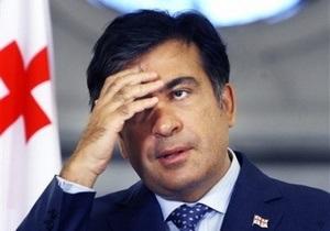 Переводчик Саакашвили перепутал американского генерала с Пенелопой Крус