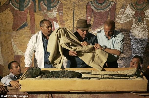 Ученые приблизились к разгадке нахождения гробницы Нефертити ...